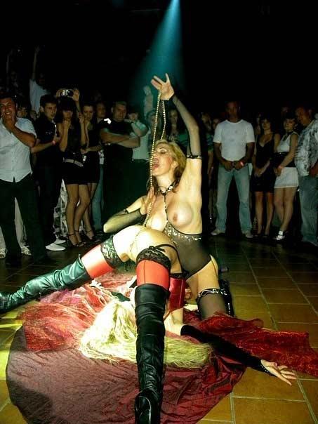 Тайское эротическое шоу клуб кафе москва